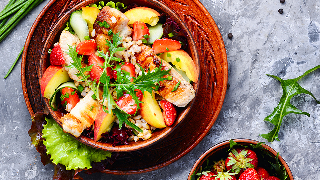 Canadian Peach and Strawberry Salad